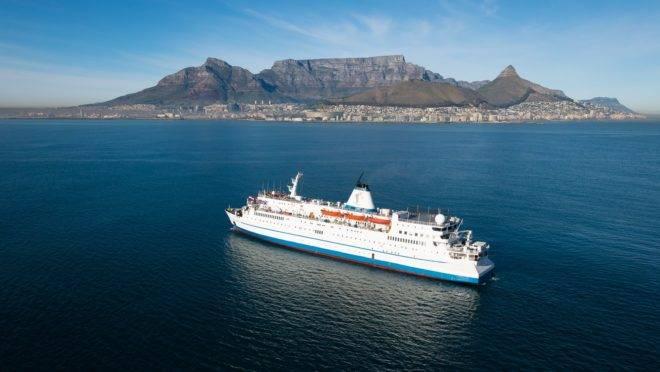 Logos Hope, a livraria-flutuante já passou por mais de 1 mil portos, incluindo a Cidade do Cabo, na África do Sul