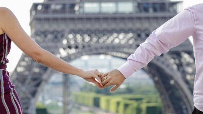 Noivados, aniversários e casamentos também são registrados pela empresa, que promove passeios personalizados. Foto: divulgação