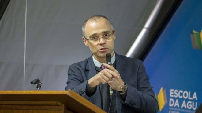 O advogado-geral da União, André Luiz Mendonça