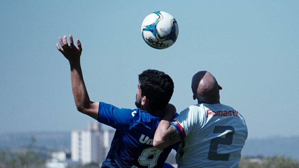 Com Jenison pior em campo, Paraná perde mais uma: confira as notas dos jogadores