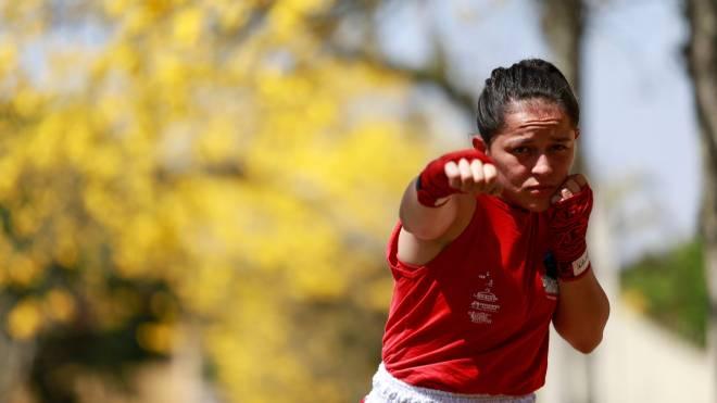 Lutadora Luana Barbosa vai ministrar as instruções de defesa pessoal para as mulheres.