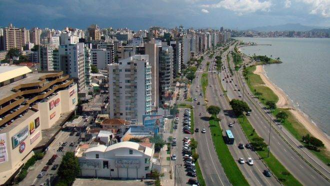 O edital traz vagas para Florianópolis e mais dezesseis municípios