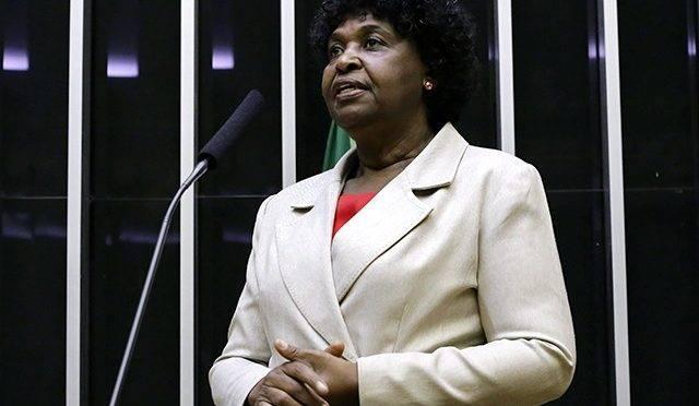 Benedita da Silva, candidata a prefeito do Rio pelo PT em 2020