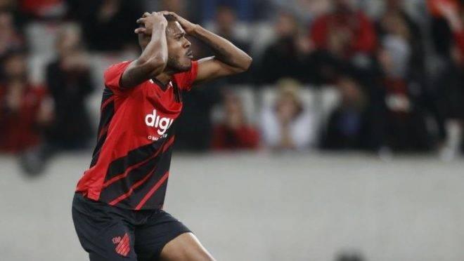 São Paulo deixa de ser freguês na Arena. E Athletico revela incapacidade ofensiva