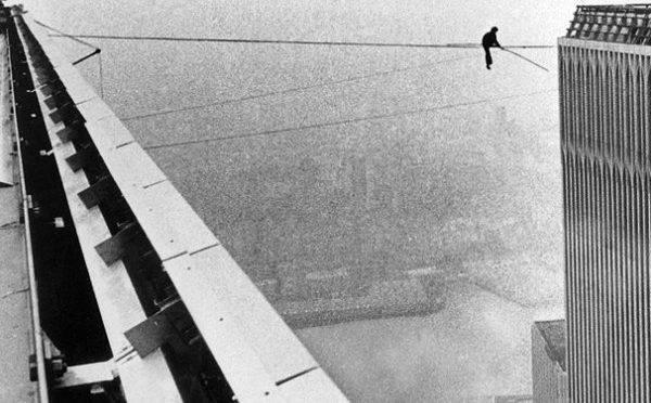 Philippe Petit entre as torres do World Trade Center