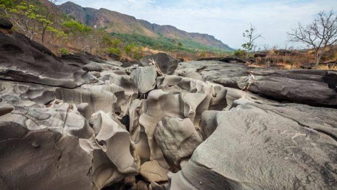 """Caminho na Chapada dos  Veadeiros, em Goiás, faz parte da """"Rede Trilhas"""", que o Brasil quer implementar nos próximos anos para incentivar o ecoturismo."""