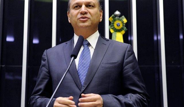 """Barros defende distribuição de cargos e em """"enfrentar servidores"""" por reforma administrativa"""