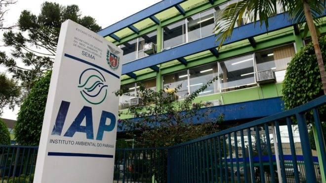 Sede do Instituto Ambiental do Paraná (IAP) foi alvo de busca e apreensão de documentos, autorizada pela Justiça.