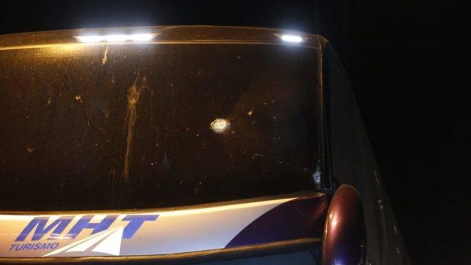 Os ônibus foram alvos de vários disparos na BR-116
