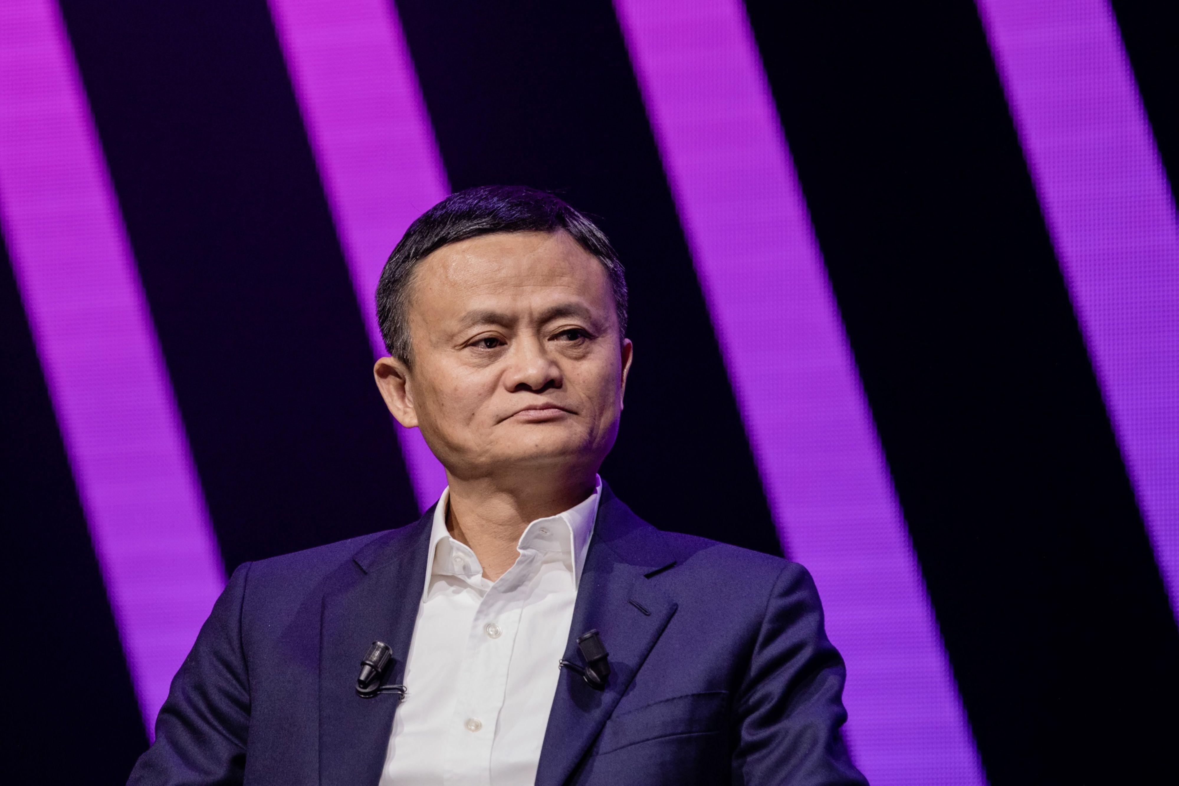 Bilionário chinês é workaholic confesso, mas agora defende jornada menor de trabalho