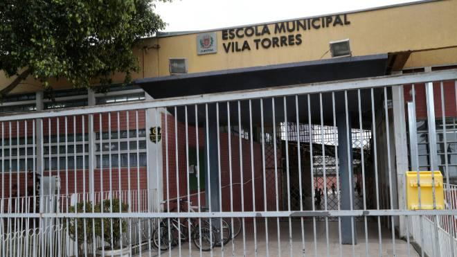 Sábado será dia de mutirão pra dar uma cara nova à Escola Municipal Vila Torres.
