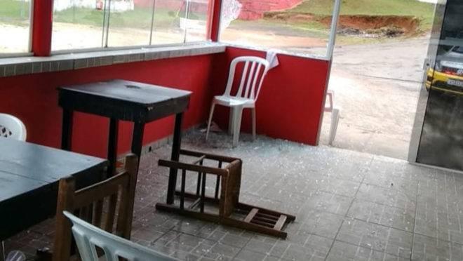 Sede do Operário Pilarzinho foi invadida na madrugada de sábado para o domingo