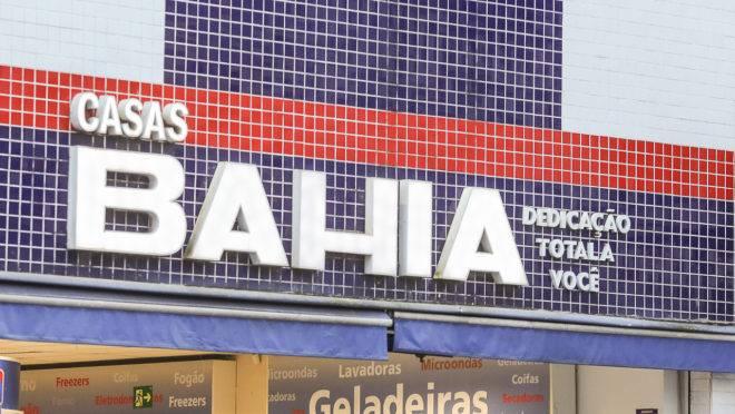 Nas Casas Bahia e no Pontofrio, os descontos anunciados chegam a 80%