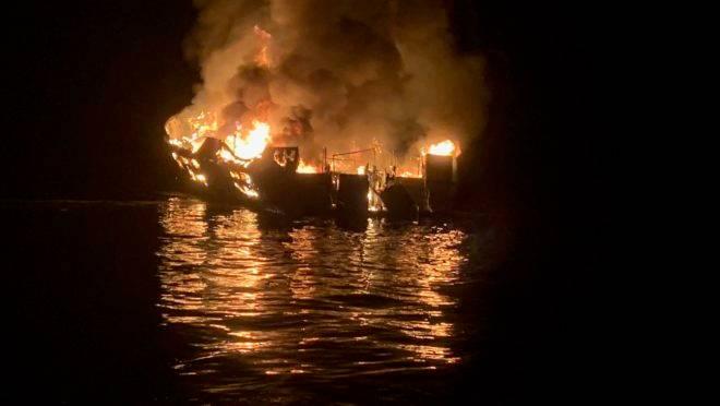 incêndio barco califórnia