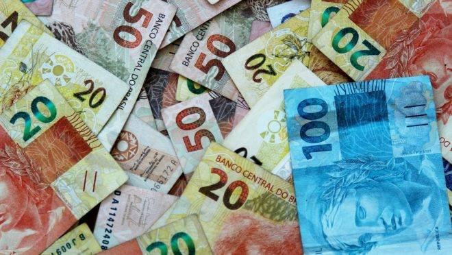 Relatório do Banco Mundial encomendado ainda pelo ex-ministro Joaquim Levy mostra como o Brasil pode fazer o ajuste fiscal sem aumento de impostos.