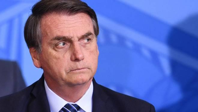 """Medida Provisória de Bolsonaro que desobrigava balanços em jornais """"caduca"""" no Congresso"""