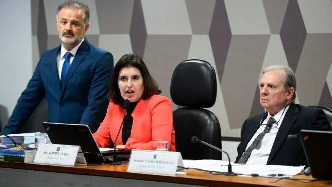 CCJ do Senado: votação de destaques à Reformada Previdência.