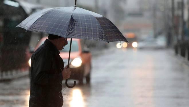Chuvas fracas vão marcar a quinta-feira em Curitiba.