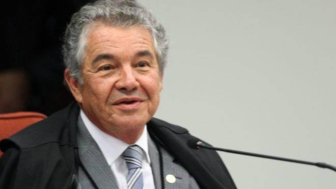 Ministro do STF Marco Aurélio Mello segue despachando mesmo no recesso do Judiciário.