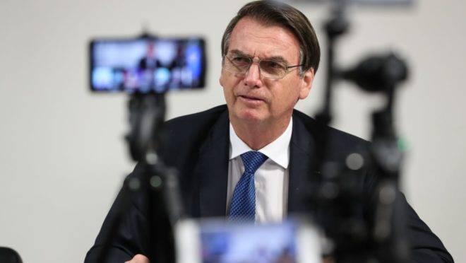 Bolsonaro precisou cancelou a viagem, porque começa, nesta sexta-feira (6), preparação para a nova cirurgia que vai fazer neste domingo (8).