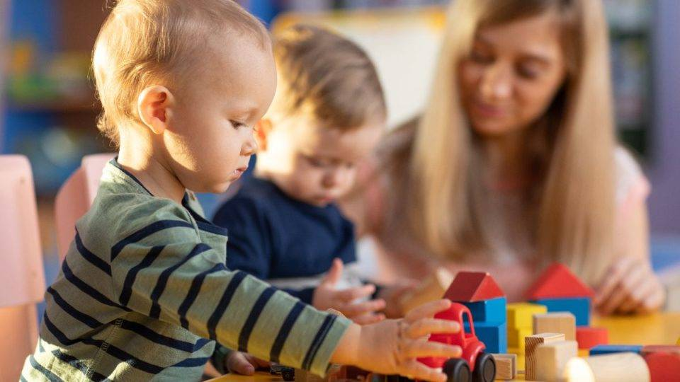 Ensino na primeira infância deve priorizar a linguagem e  a forma de expressão