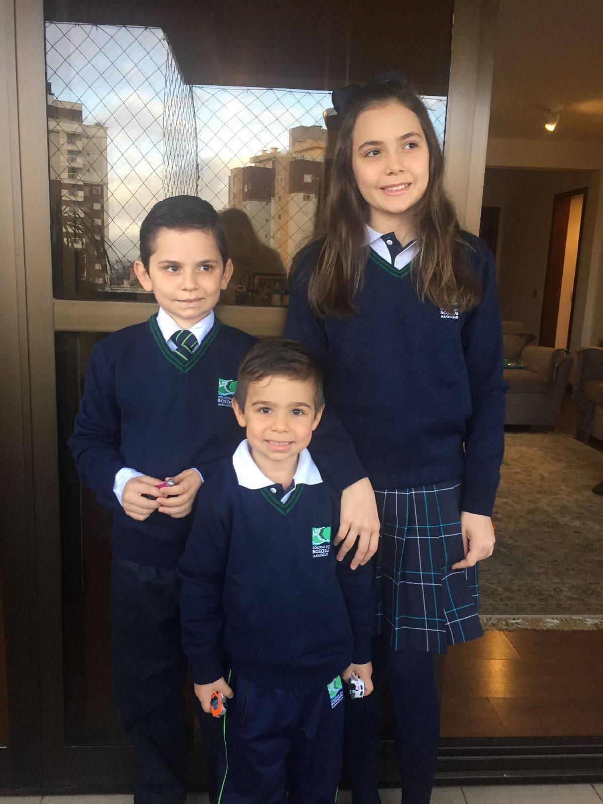 Os três filhos do casal  Cristina Debiasi e João Evaristo Debiasi  estudam no Colégio Bosque Mananciais, que foi a escolhida como a mais adequada às expectativas do casal. (Foto: arquivo pessoal)