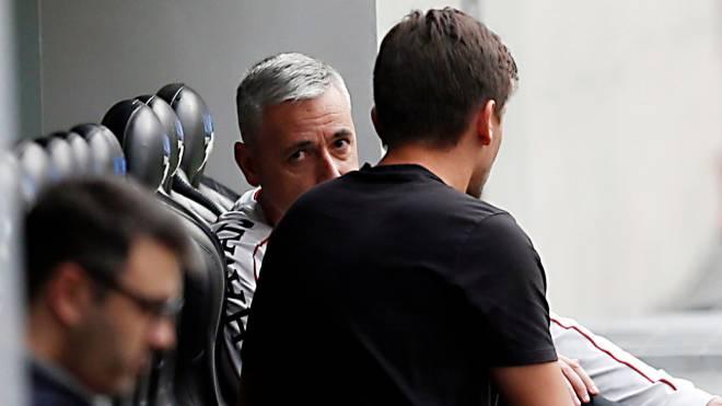 Tiago Nunes tem dúvidas para escalar o Athletico em final contra o Internacional