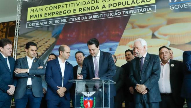 Ratinho Junior assina decreto