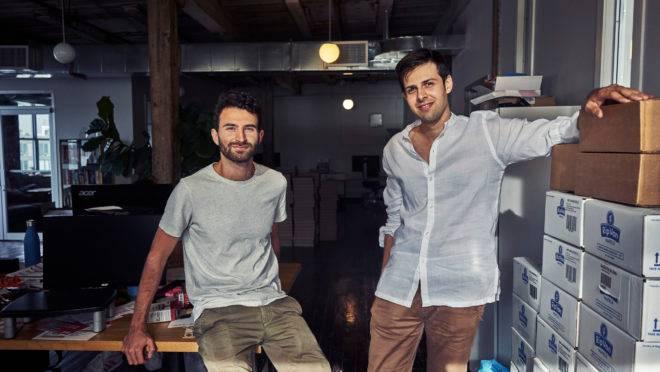 Marco De Leon (E) e Rip Pruisken (D), empreendedores do segmento de alimentação