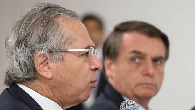 Paulo Guedes, ministro da Economia, e Jair Bolsonaro, presidente da República