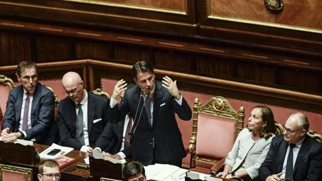 O primeiro-ministro italiano Giuseppe Conte em discurso durante o voto de confiança ao seu governo no Senado, em Roma, 10 de setembro de 2019.