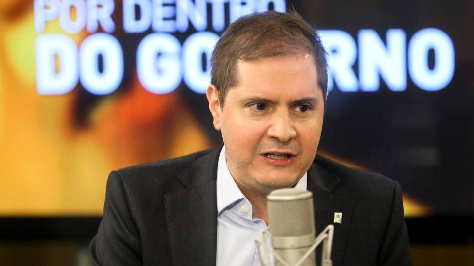 Ministro Bruno Bianco, da AGU, também testa positivo para a Covid-19
