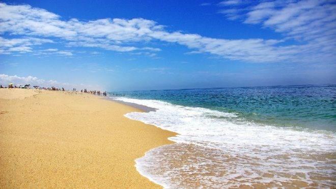 A praia de Melides, em Portugal, é um oásis cada vez mais procurado por celebridades e amantes de um turismo genuíno.