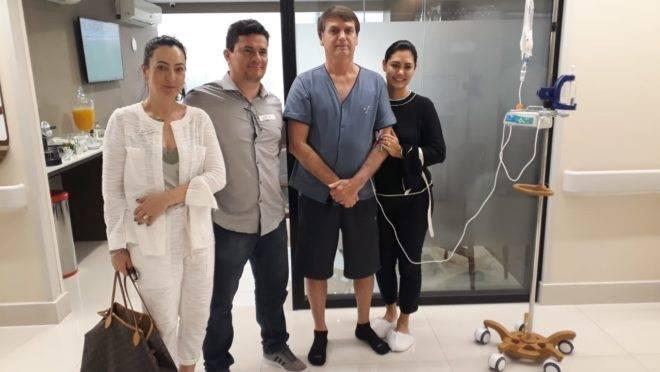Moro visitou o presidente no hospital neste domingo (15)