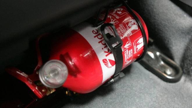 Extintor de incêndios: carros de passeio