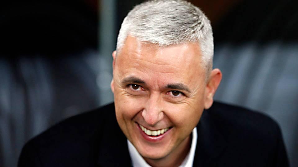 Tiago Nunes está a um empate de ser o maior treinador da história do Athletico