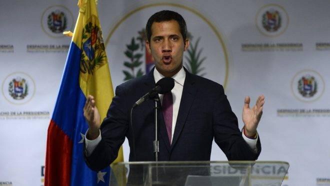O líder opositor e presidente interino da Venezuela, Juan Guaidó, em coletiva de imprensa em Caracas, 16 de setembro de 2019
