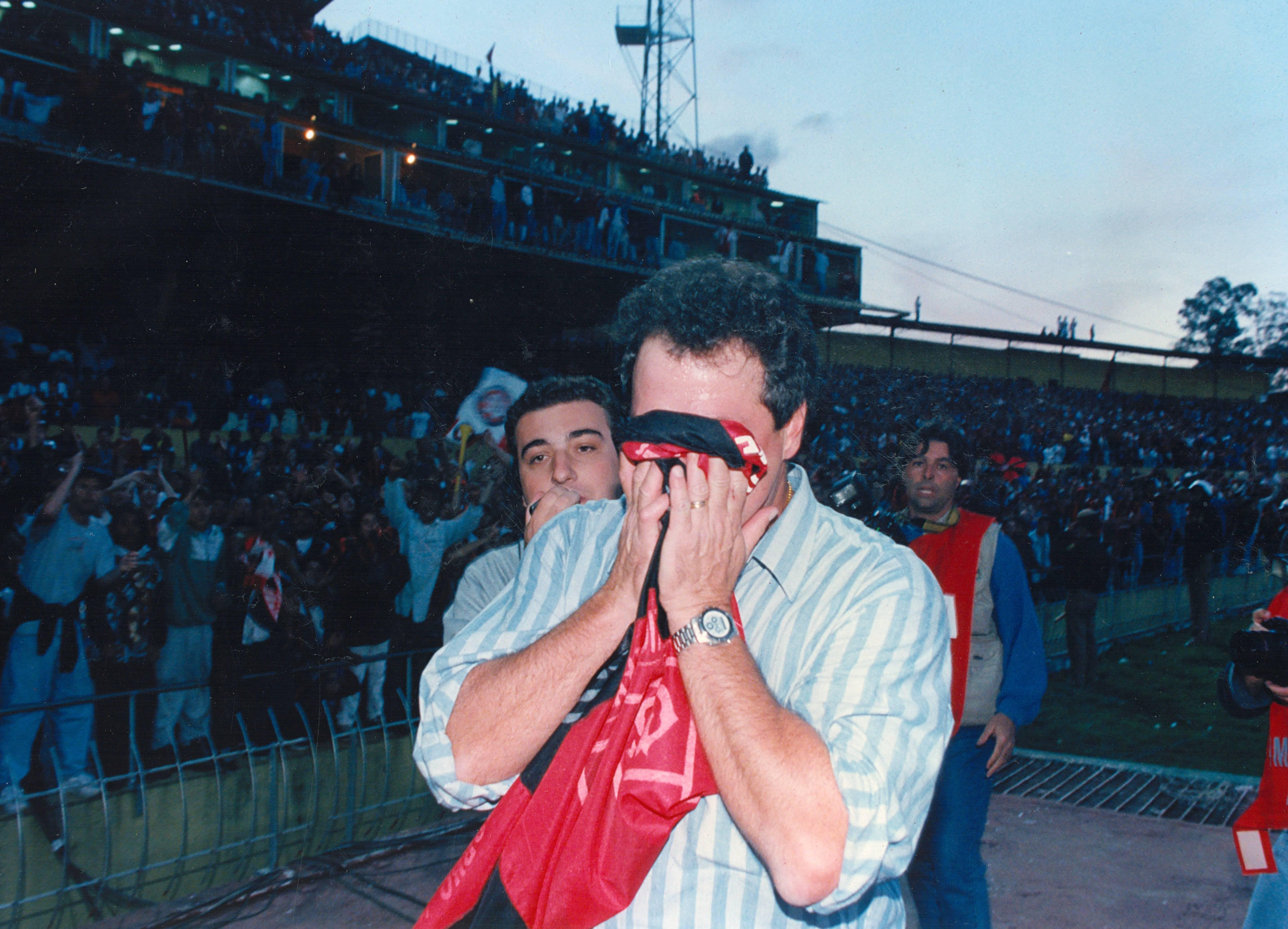 Abel campeão em 1998. Arquivo Gazeta do Povo
