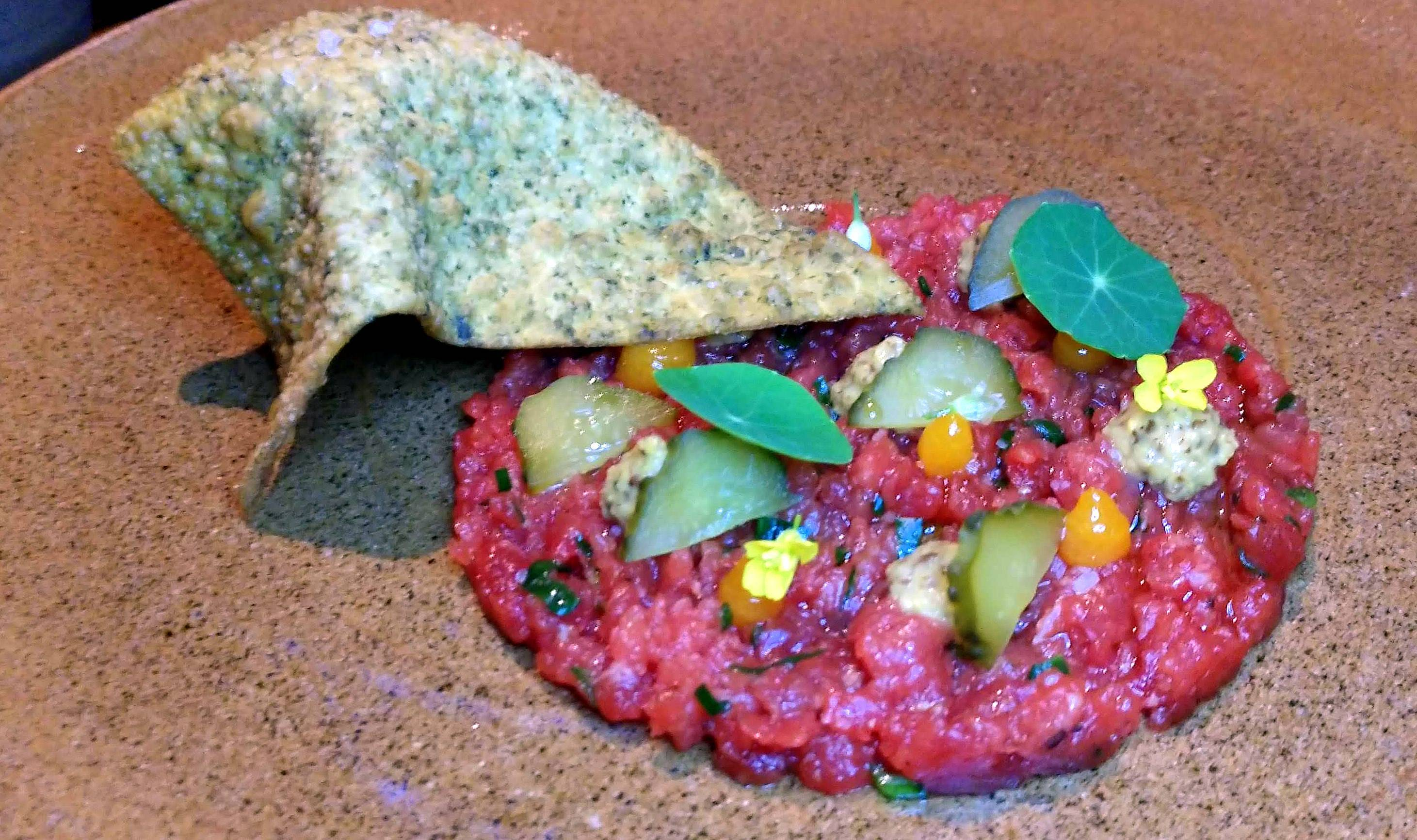 <em>Além da carne crua, outros nove itens criados pelo chef Igor Marquesini estarão no cardápio especial da harmonização. </em>