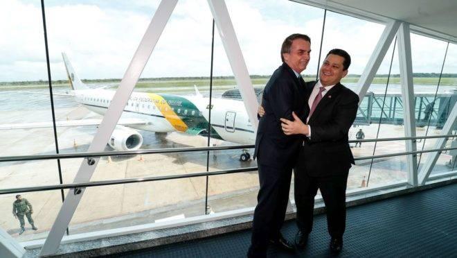Presidente Jair Bolsonaro, acompanhado do presidente do Senado, Davi Alcolumbre, inaugura o novo terminal de passageiros do Aeroporto Internacional de Macapá.