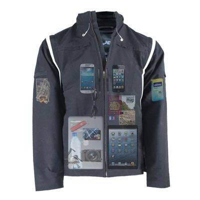 As jaquetas da AyeGear têm mangas removíveis eaté 25 bolsos. Foto: AyeGear/Reprodução