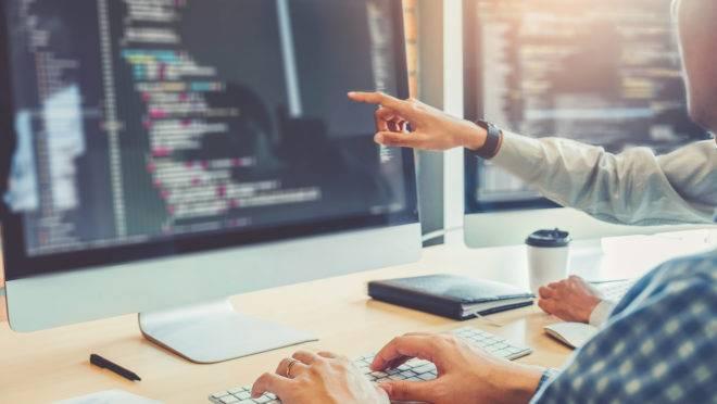 Os alunos devem se aprofundar na inteligência artificial por um viés do empreendedorismo