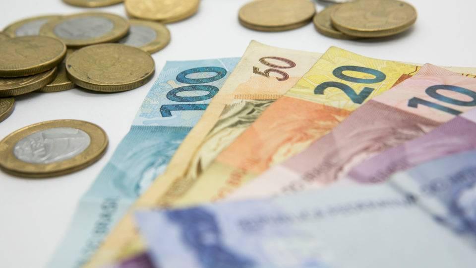 Imposto sobre lucros e dividendos: o que especialistas acham da proposta de Guedes