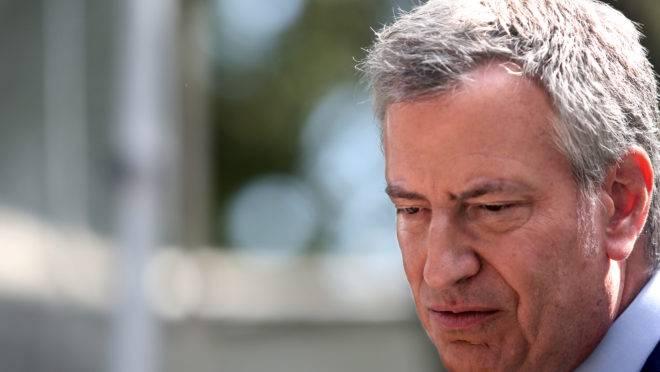 O prefeito de Nova York Bill de Blasio desistiu de se candidatar a presidente