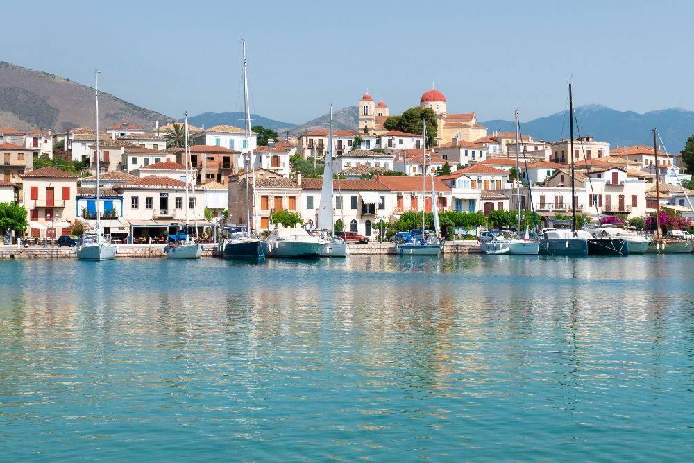O porto de Galaxidi, no Golfo de Corinto, na Grécia. Foto: Maria Mavropoulou/The New York Times.