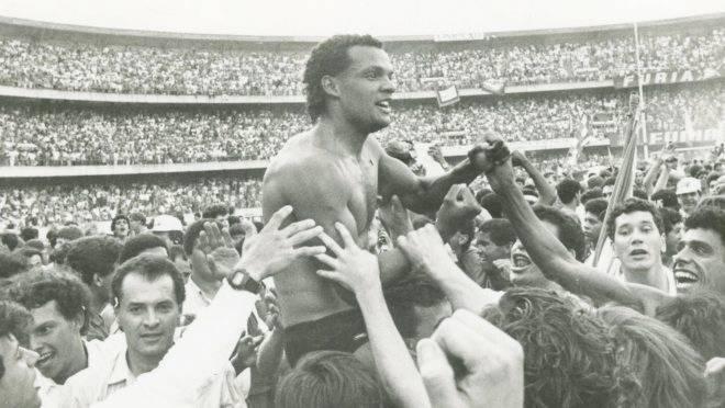 Paraná lança enquete para eleger seleção dos 30 anos; nós montamos a nossa máquina tricolor!