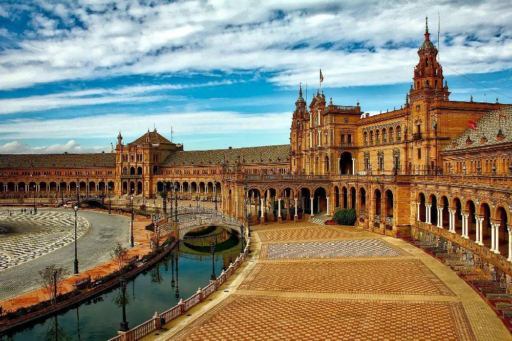 O pedido de cidadania espanhola é gratuito e rápido, desde que se tenha os documentos necessários. Foto: Pixabay