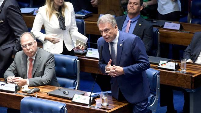 Senador Alvaro Dias