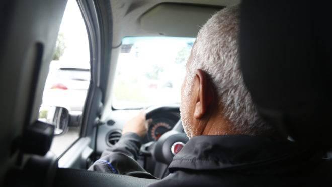 Uber e 99 têm, juntos, mais de um milhão de motoristas associados