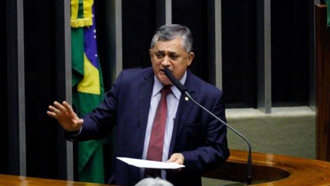 Resultado de imagem para Deputado federal José Guimarães (PT)